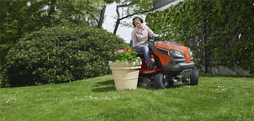 садовый трактор хускварна