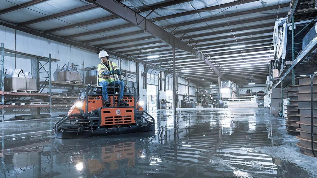 как правильно затирать бетонный пол после заливки бетона