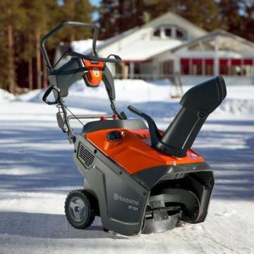 Новинка! Снегоотбрасыватели Husqvarna ST 131 и Husqvarna ST 151!
